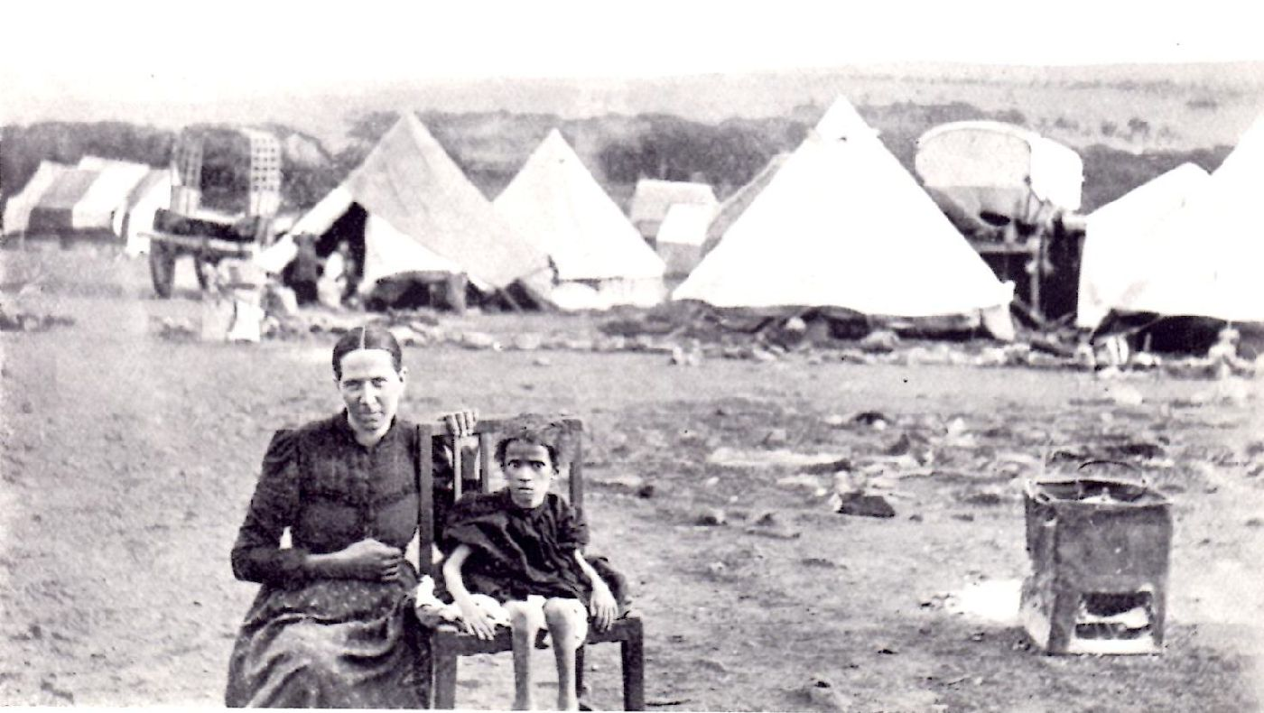 Boer woman and child in South African war camp