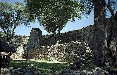 Great Zimbabwe enclosure -  Photo::Jan Derk